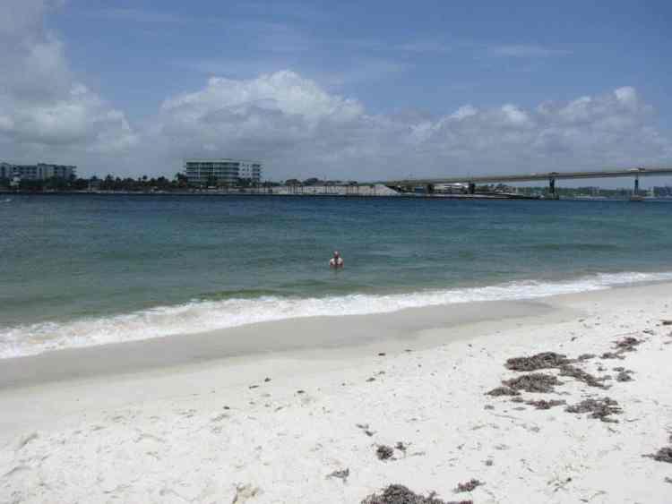 alabama-point-east-beach-swimming
