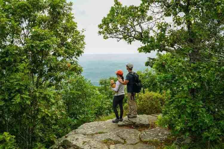 north-rim-hiking-trail-arkansas