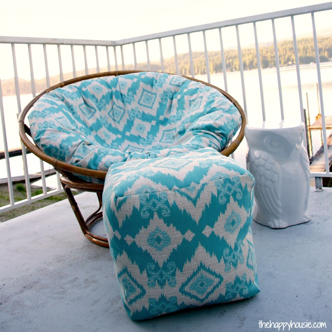 DIY Pouf Ottoman from The Happy Housie [Weekly Round-Up at High-Heeled Love]
