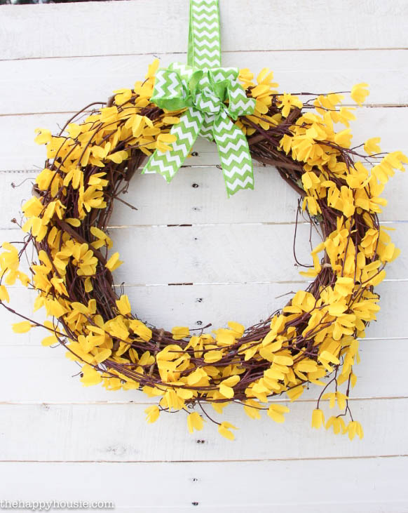 Five Minute Dollar Store Spring Forsythia Wreath at the happy housie-6