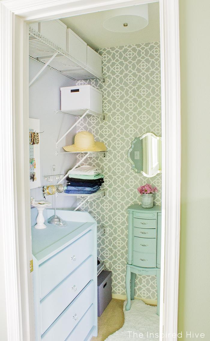 incredible small walk in closet ideas