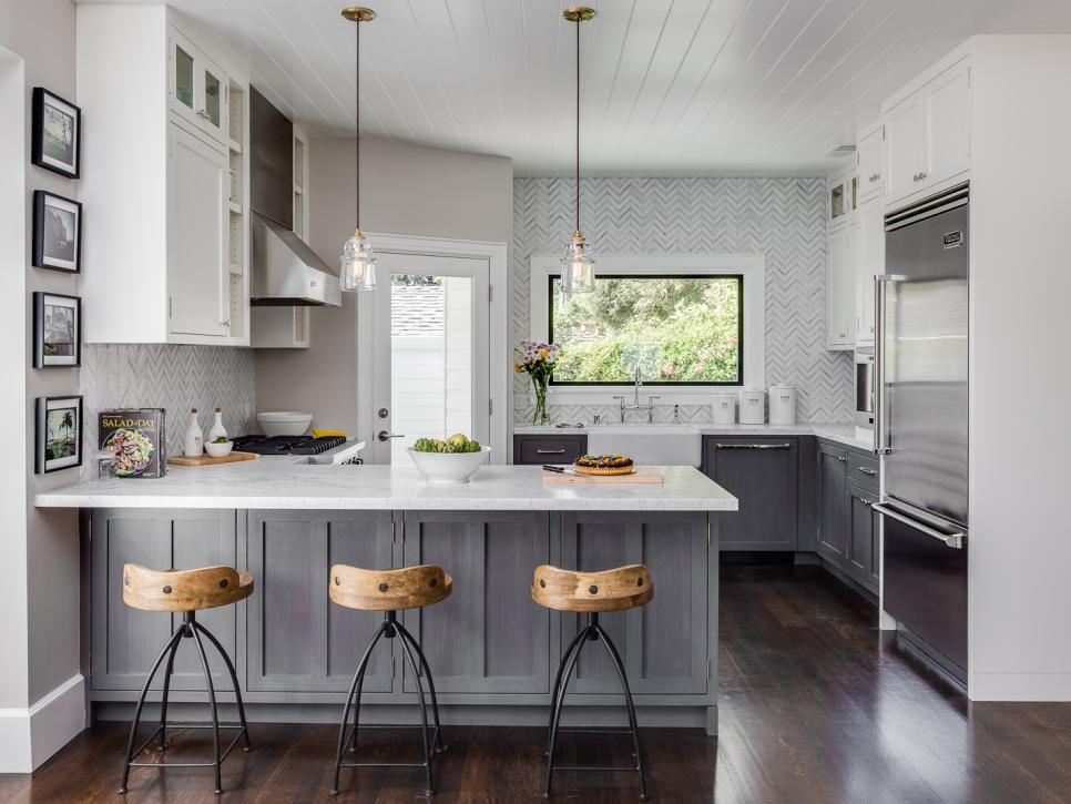 20 Fabulous Kitchens Featuring Grey Kitchen Cabinets The Happy Housie