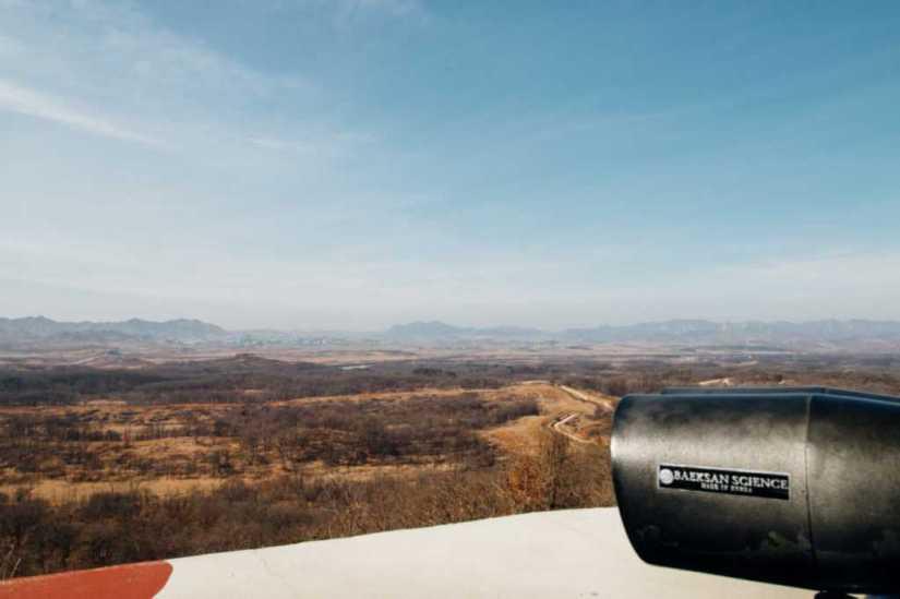 Sicht über die nordkoreanische Grenze