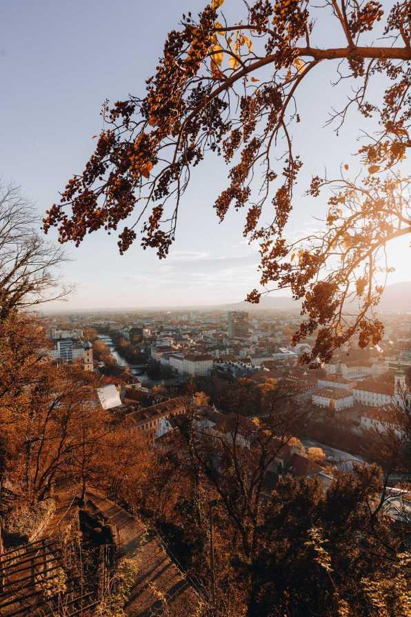 Schlossberg Graz Herbst Sonnenuntergang