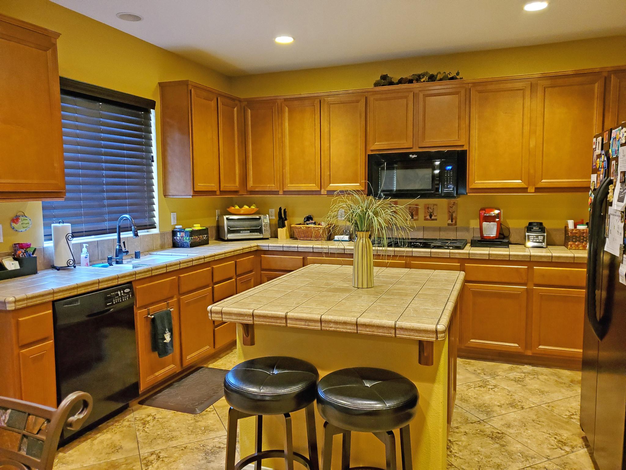 124 Boston Ave., Beaumont Ca 92223 Kitchen