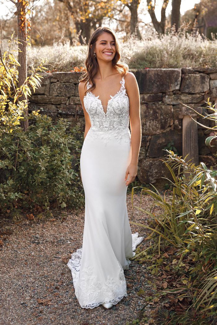We offer a relaxed yet personal approach to finding your perfect gown at our bridal shop in Harrogate. Click to find out more.
