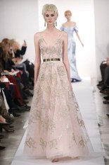 I normally don't like v-necks, but this Oscar de la Renta gown is princess-y perfection. Photo via Women's Wear Daily.
