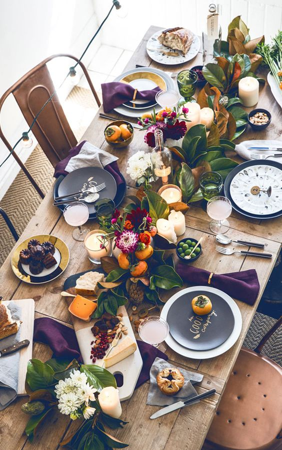 Fall Tablescape - https://thehautemommie.com/a-fall-menu/