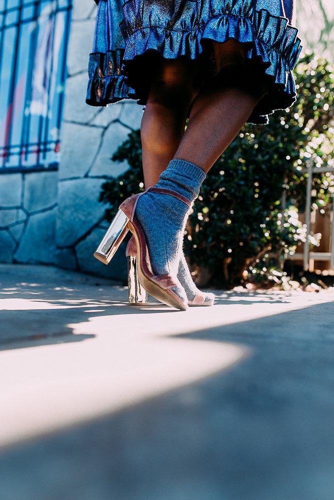 Detailed shoe shot, Steve Madden velvet pump