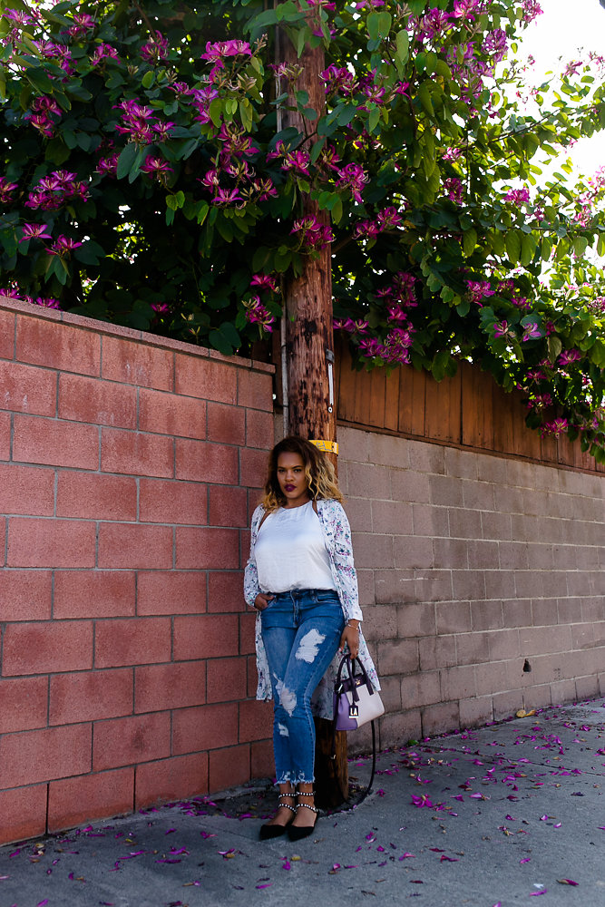 Hautemommie shows readers how to style flower duster with STS Blue denim