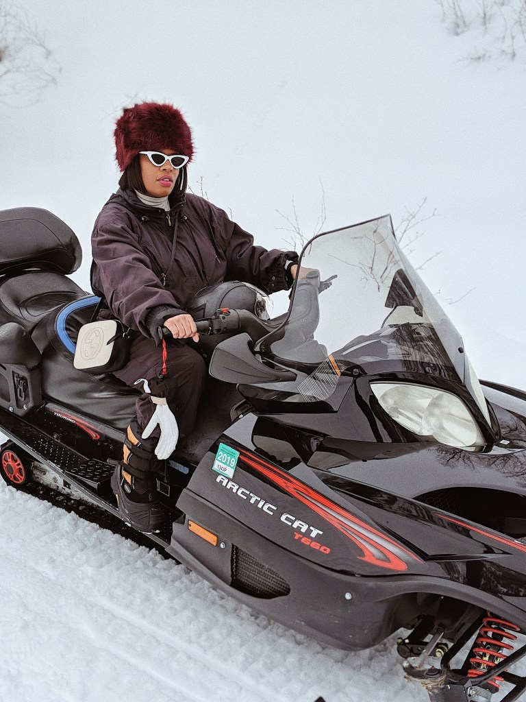 Snowmobiling in Aspen, Hautemommie shares her amazing trip in this latest post!