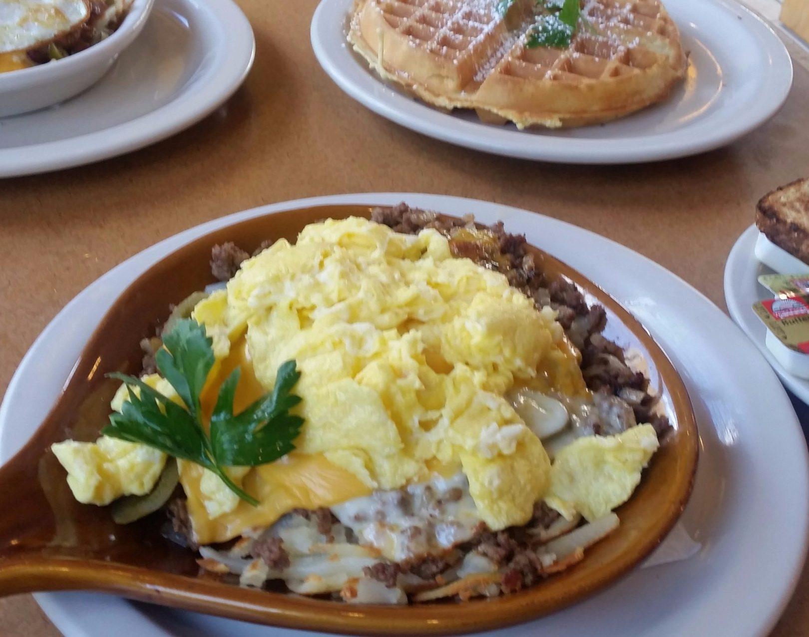 scrambled-eggs-breakfast-skillet-chicago-breakfast