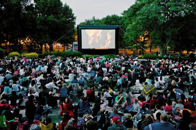 Chicago-Movies-In-The-Park-Weeknight