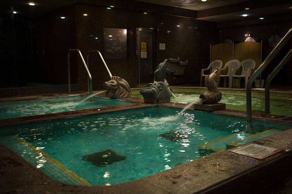 pool-king-spa-chicago