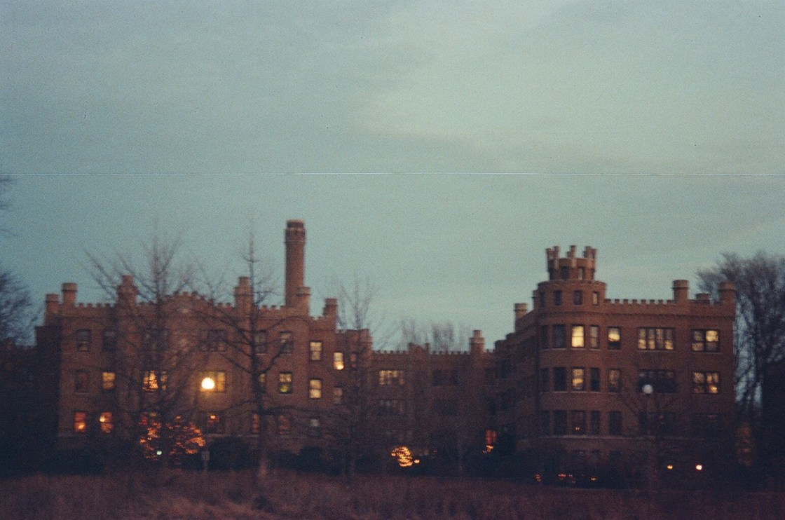 castle-rogerspark-chicago