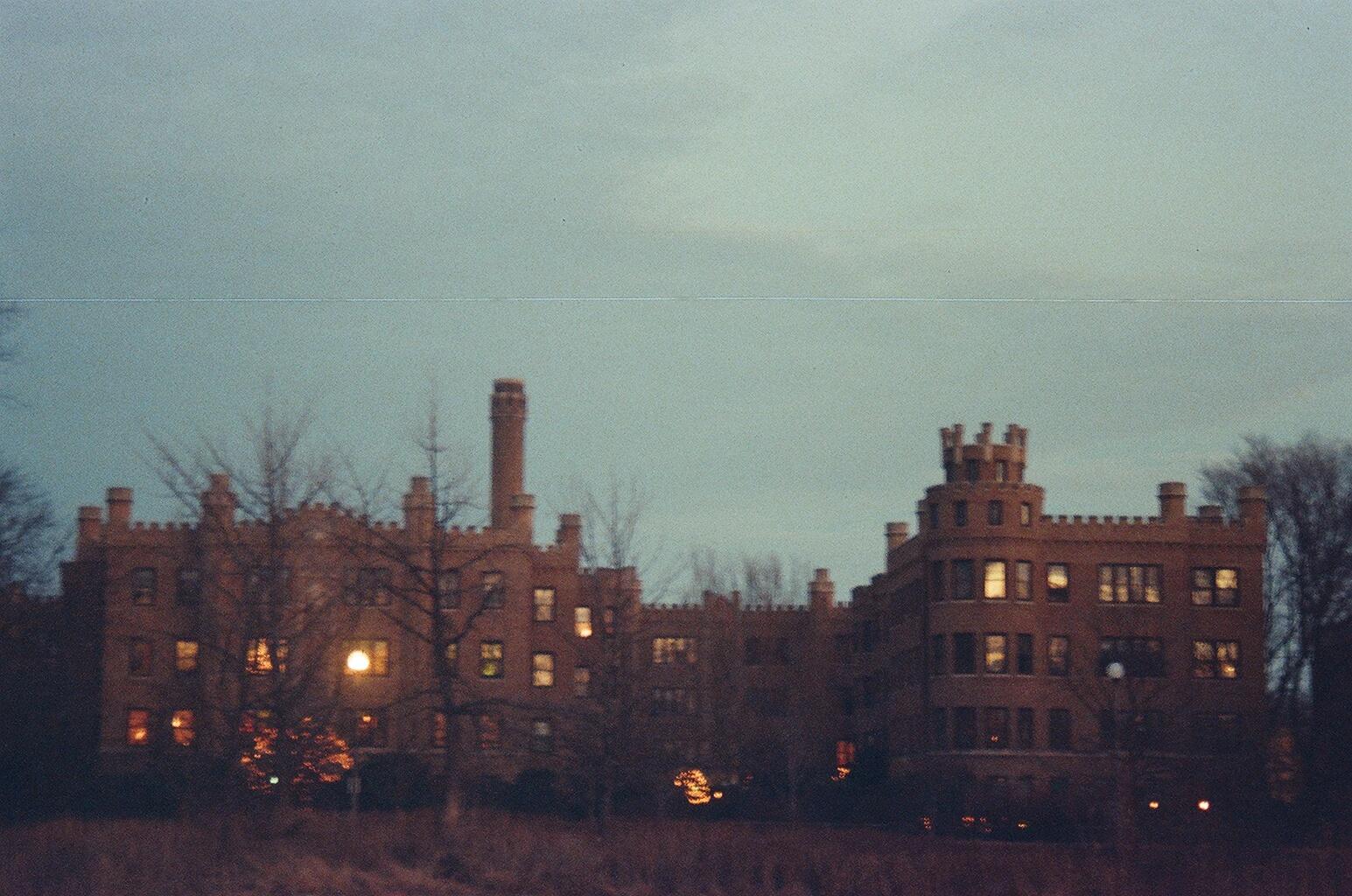 castle-rogerspark-chicago