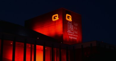 Queen's Theatre turns red!