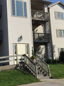 Coralville Apartments Entry