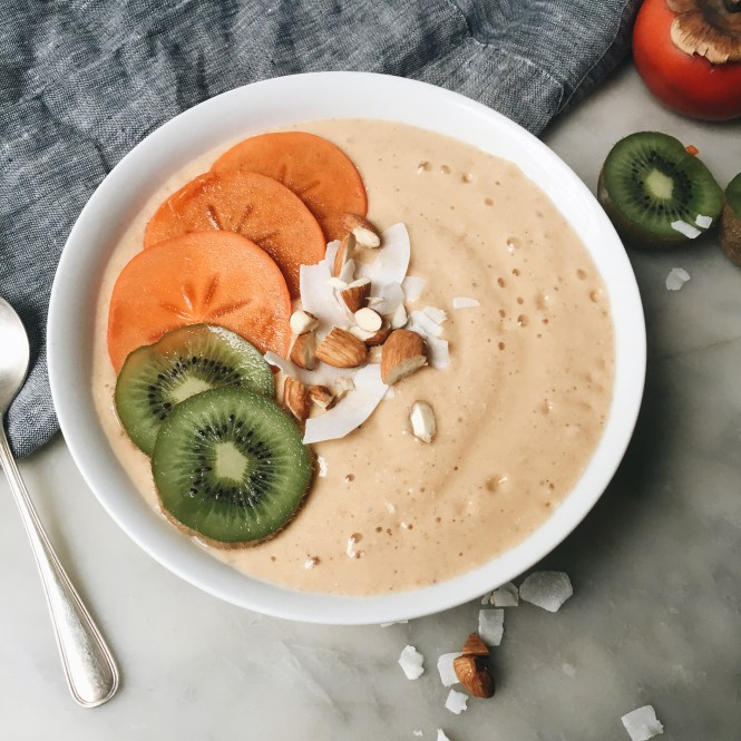 Persimmon Smoothie Bowl