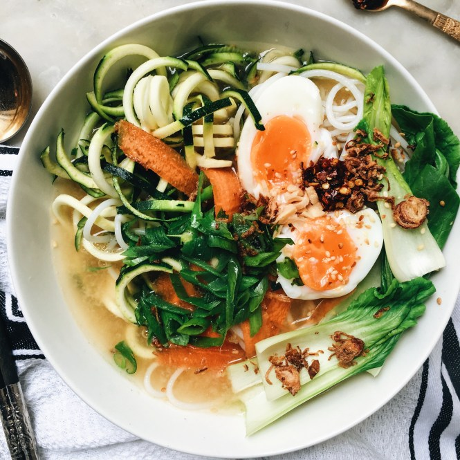 Quick and easy vegetarian ramen 5