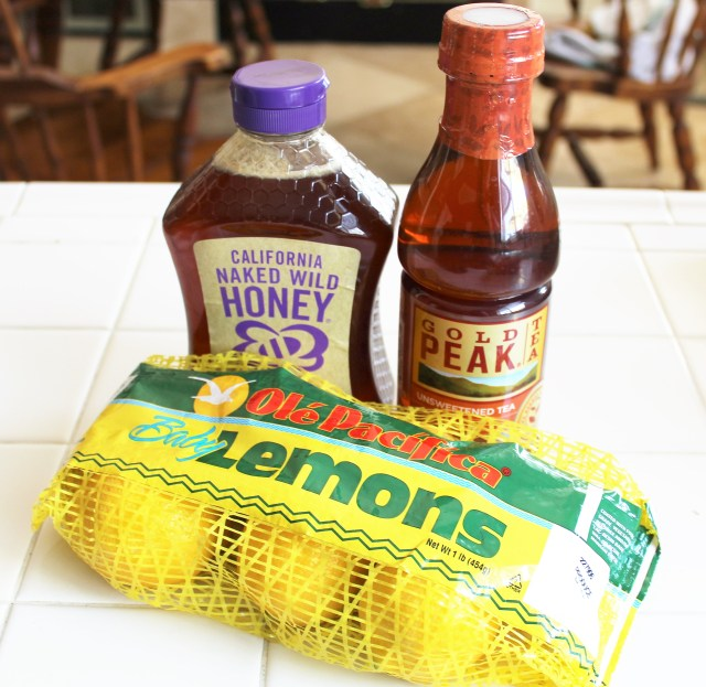 Skinny Honey Lemon Iced Tea Recipe
