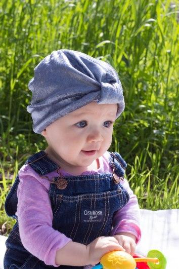 Gray crushed velvet turban hat