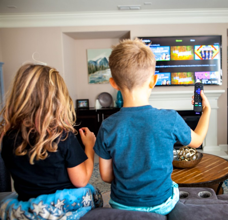 Tips for an Awesome Family Night at Home