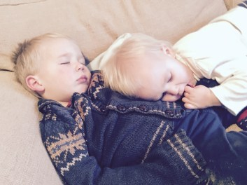 b and r sleeping