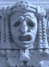 738px-Dramaten_mask_2008a by Holger.Ellgaard wikipedia