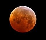 Write-adam-Total-Lunar-Eclipse-December-21-2010-wikimedia-commons-share-alike-license-e1375327509135