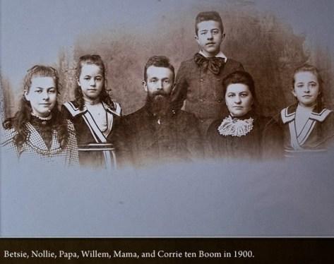 http://commons.wikimedia.org/wiki/File:The_ten_Boom_Family.jpg