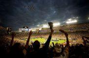 http://en.wikipedia.org/wiki/File:Super_Bowl_XLIII_-_Thunderbirds_Flyover_-_Feb_1_2009.jpg