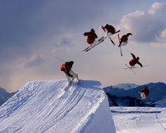http://en.wikipedia.org/wiki/File:Freestyle_skiing_jump2.jpg