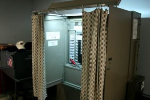 http://commons.wikimedia.org/wiki/File:University_at_Buffalo_voting_booth.jpg