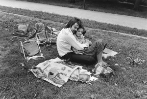 paul-mcdonough-central-park-couple-with-baby-in-newspaper-1973