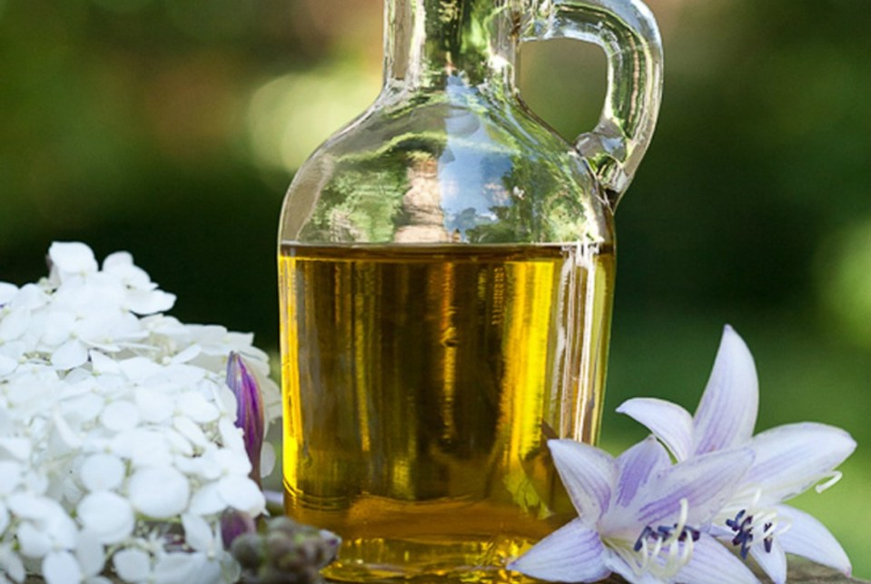 Lavender-infused-oil-recipe-HANE1