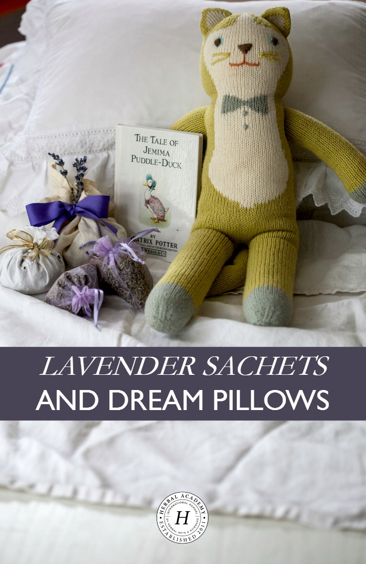 holiday-gifts-lavender-sachets-dream-pillows5