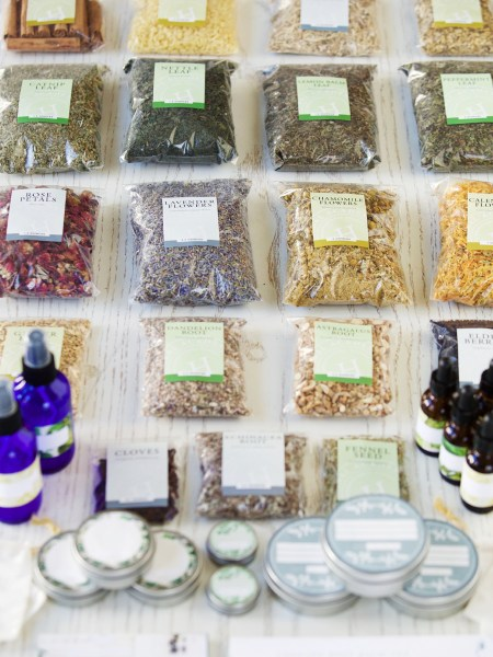 Herbal Starter Kit contents