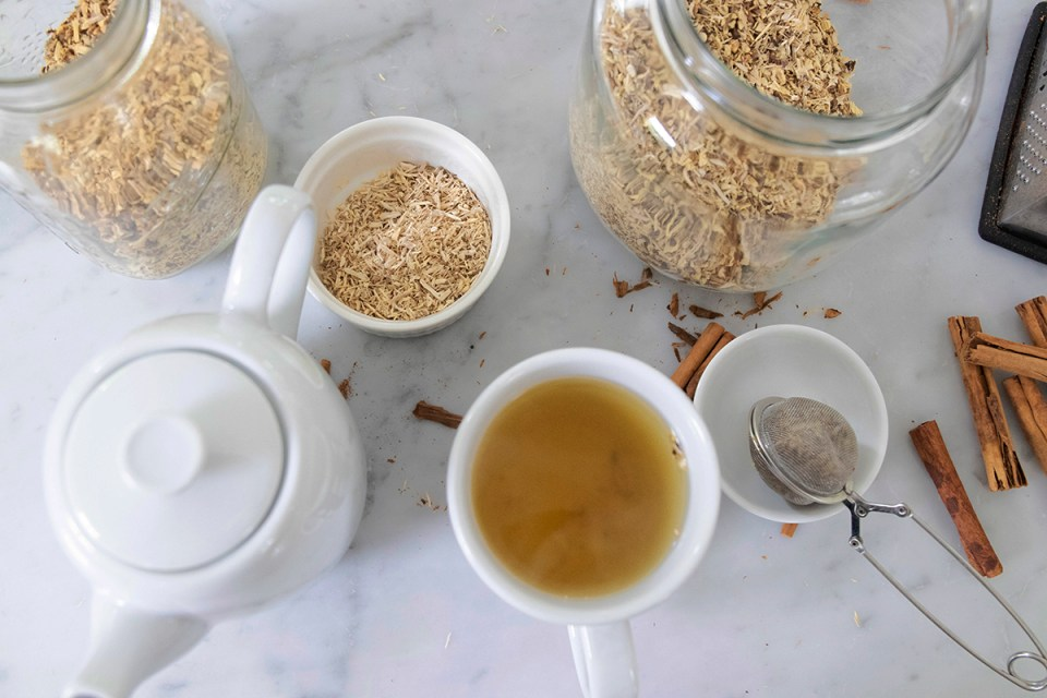 Coronavirus Scare: 5 Tips to Help Ward Off and Manage a Viral Illness With Herbs | Herbal Academy | Panic is sweeping the globe with the outbreak of the 2019 coronavirus, so we are sharing 5 tips to help ward off and manage viral illness with herbs.
