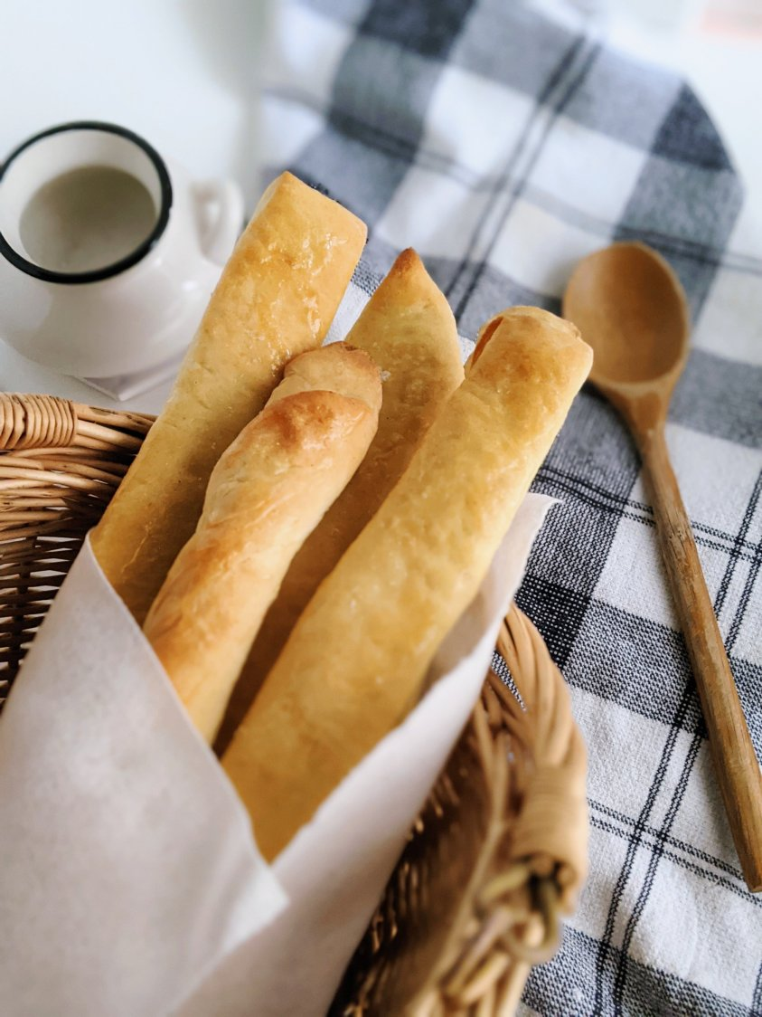 vegan garlric breadsticks recipe olive garden macaroni grill homemade diy copycat recipes appetizers side dishes unlimited