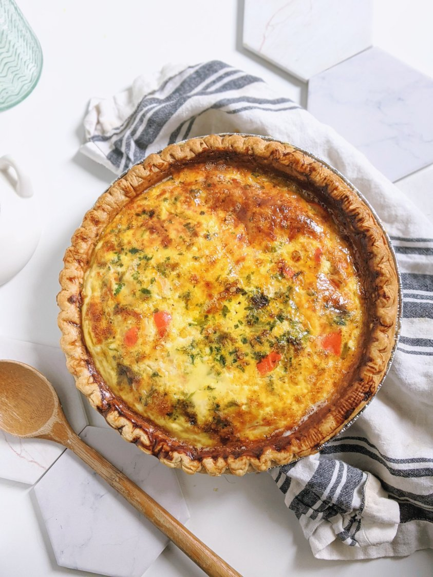 easy make ahead freezer quiche recipe with roasted red pepper spinach onion and parsley vegetarian meatless meal prep freezer meals how to cook quiche from frozen