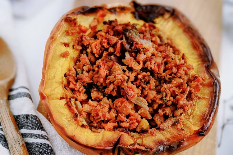vegan stuffed acorn squash recipe healthy vegetarian thanksgiving christmas recipes with acorn squash roasted stuff acorn squash