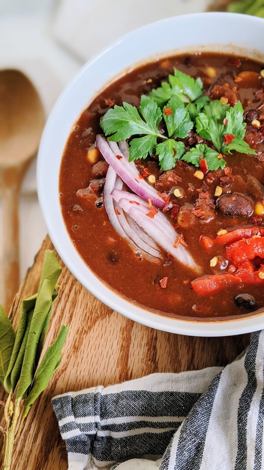 high pritein bean chili recipe vegan gluten free vegetarian meatless meals veganuary winter chili spicy superbowl sunday recipes healthy meal dinners meal prep vegan bean chili meal prepping