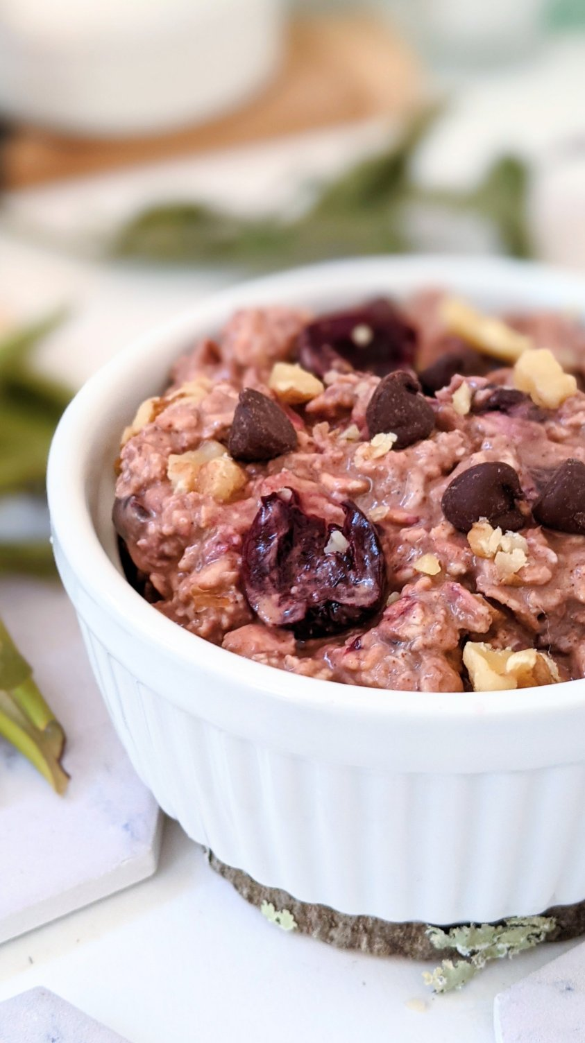 dark chocolate cherry overnight oats recipe vegan dairy free oatmeal recipe gluten free breakfasts with chocolate and cherries plant based cacao recipes for brunch or breakfast healthy