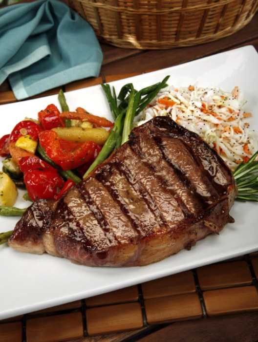 Grilled Steak and Vegetables with Slaw