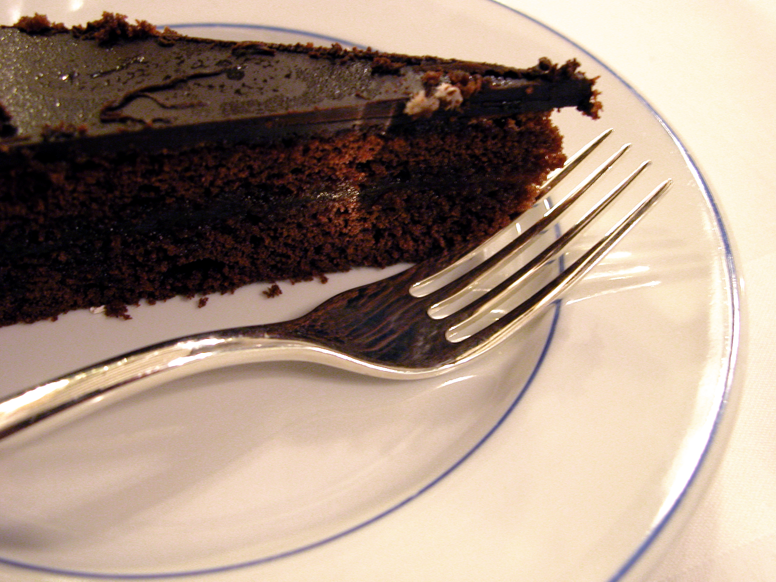 Rich Flourless Chocolate Torte for Chocolate Monday! • The ...