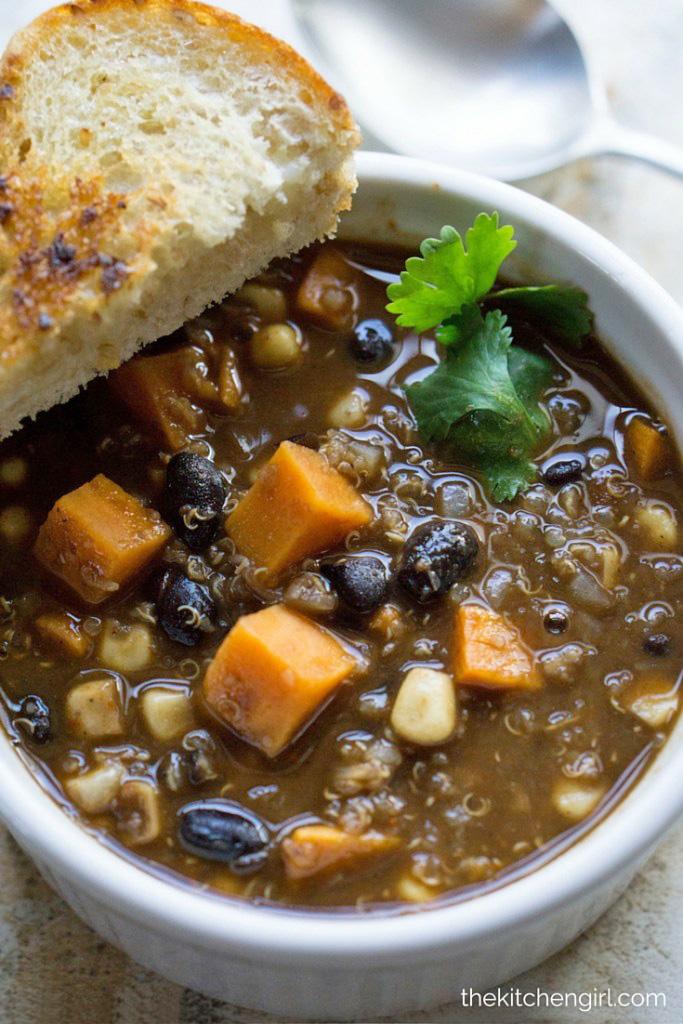 southwest-sweet-potato-quinoa-black-bean-chili_02