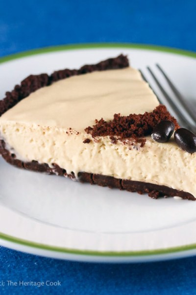 Kahlua Cream Pie with Chocolate Cookie Crust (Gluten-Free)
