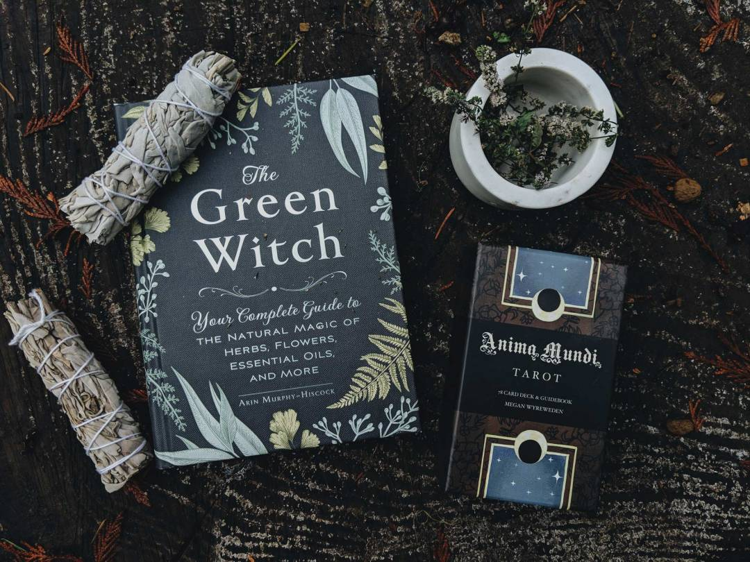 gift guide for the witch