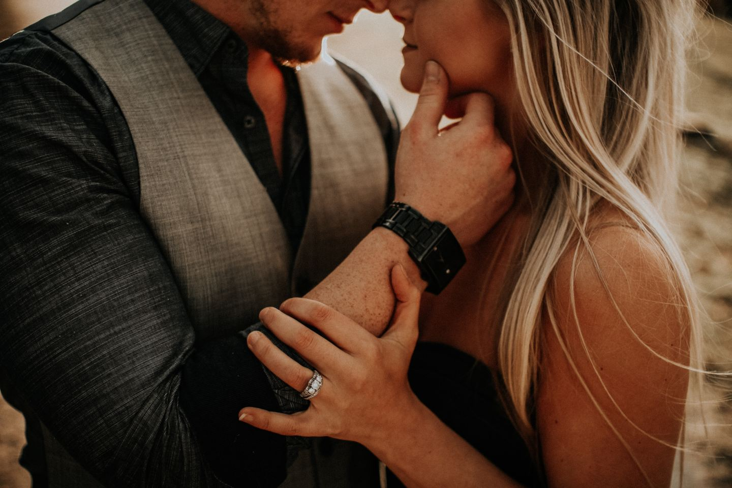 unique engagement photos